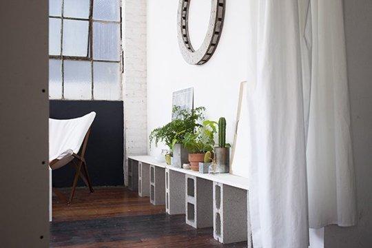 10 ideas para crear muebles con bloques de hormig n - Muebles con ladrillos ...