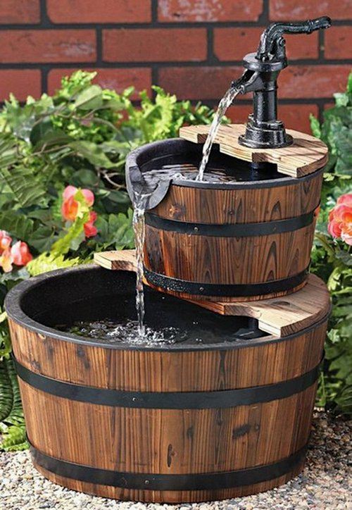 Garden fountains outdoor water features garden fountain small fountain - Macetas Con Barriles De Vino Para Tu Jard 237 N