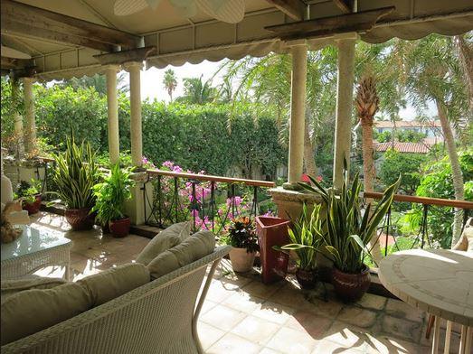 Recrear terrazas y galer as de estilo colonial for Estilos de terrazas