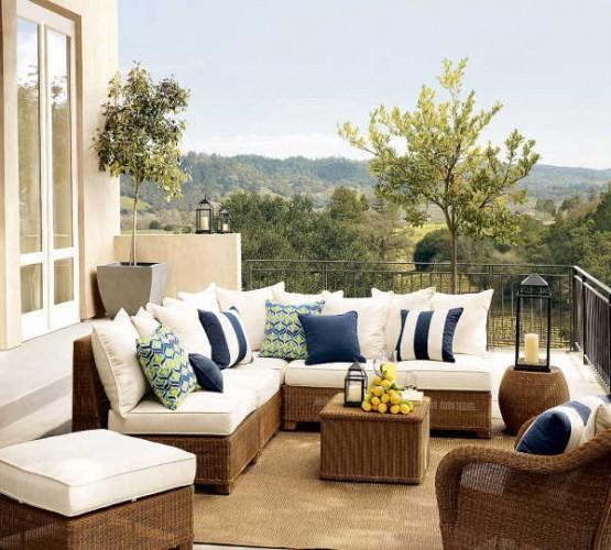 Recrear terrazas y galer as de estilo colonial for Muebles estilo italiano