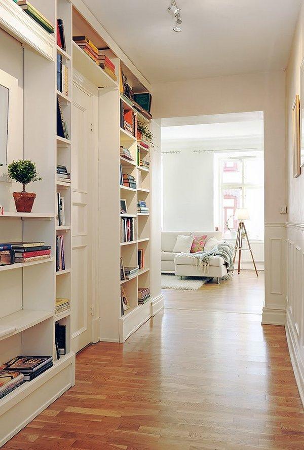 C mo aprovechar los pasillos de una vivienda for Mueble pasillo estrecho