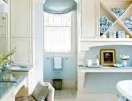 imagen 5 baños de estilo cottage en azul