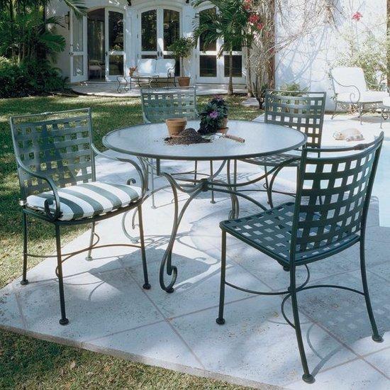 Propuestas de mesas de cristal para exteriores for Mesas de exterior baratas