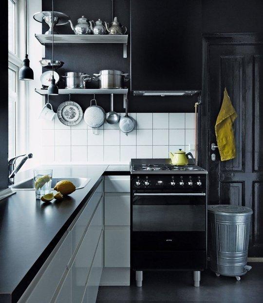 10 preciosas cocinas decoradas en negro - Cocinas decoradas en blanco ...