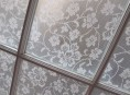 imagen Un pequeño truco para decorar ventanas con encaje