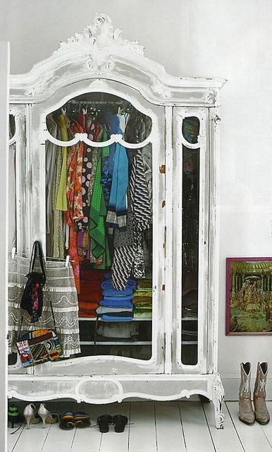 Ideas de cl set y vestidores s per glam for Como reciclar un placard