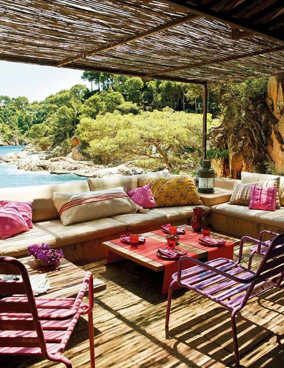 Patios y terrazas de estilo mediterr neo for Articulos de arquitectura 2015