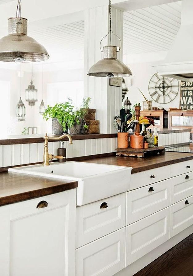 Por qu tener una mesada de madera en la cocina - Relojes para cocinas modernas ...