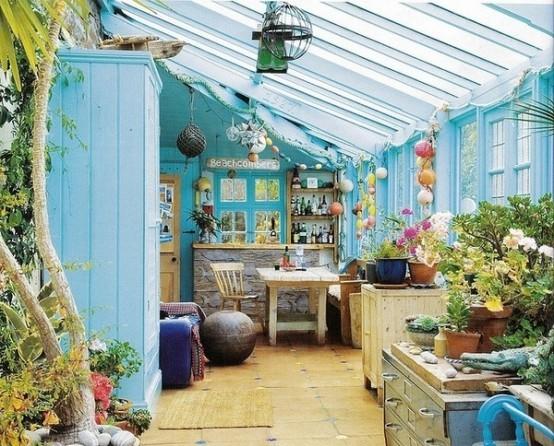 13 ideas para decorar estancias acristaladas en estilo boho for Decorar terraza acristalada