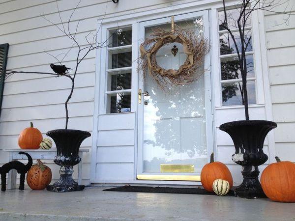 Decoraciones de halloween para la puerta de casa for Crear decoraciones para casa