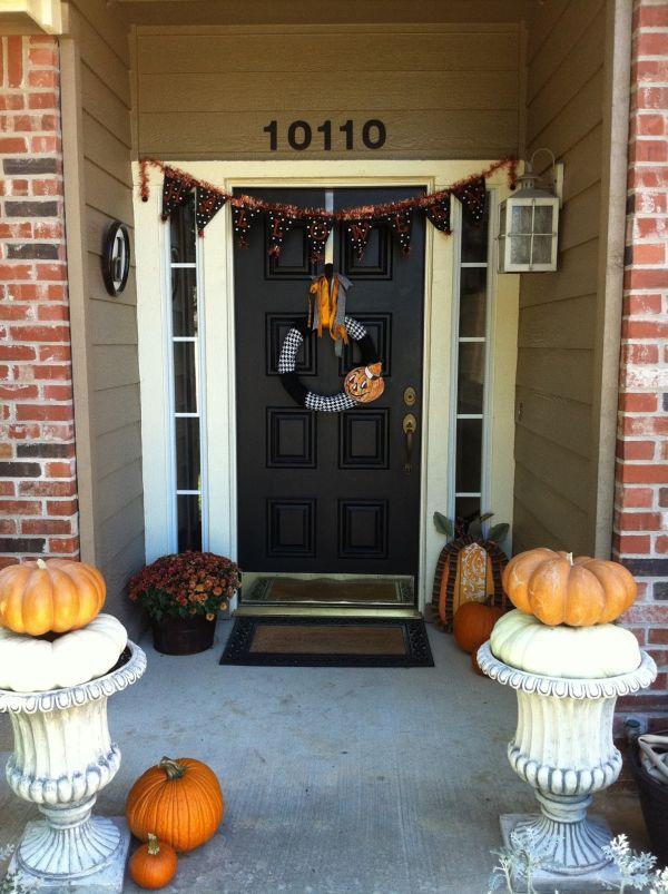 Decoraciones de halloween para la puerta de casa for Decoracion para puertas de preescolar