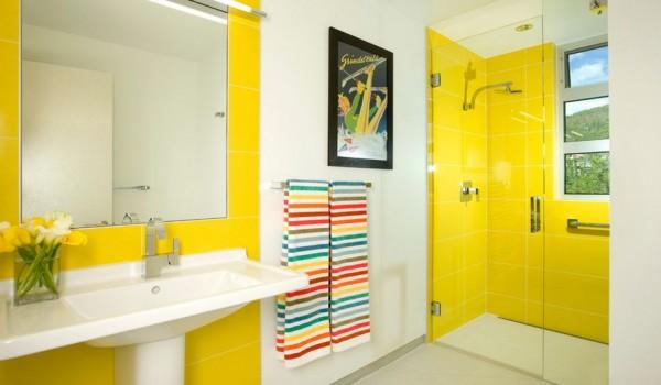 usar-colores-llamativos-en-el-cuarto-de-bano-01