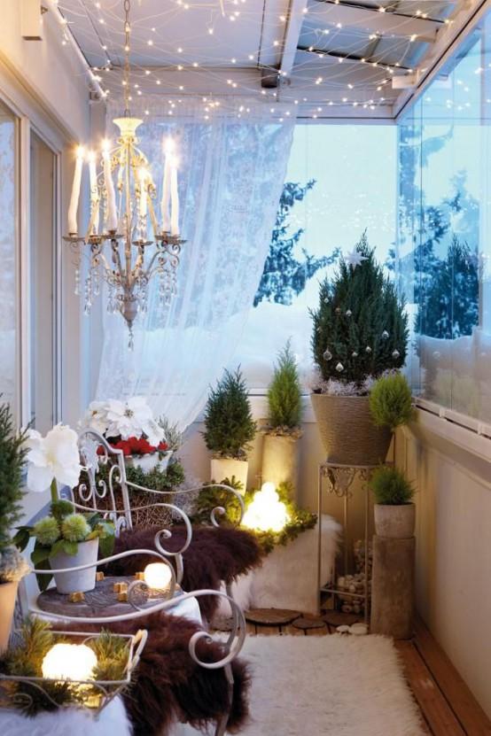 17-fantasticas-ideas-para-decorar-tu-balcon-esta-navidad-01