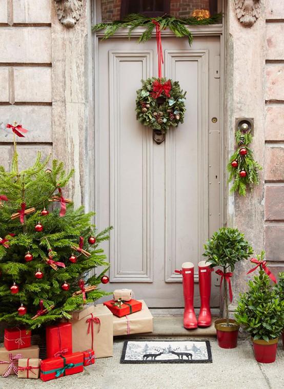 Ideas para decorar la puerta de casa esta navidad - Adornos de navidad para decorar la casa ...