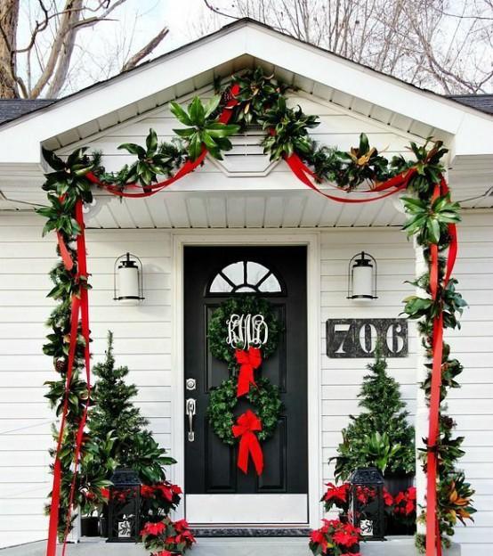 Ideas para decorar la puerta de casa esta navidad for Como adornar mi casa en navidad