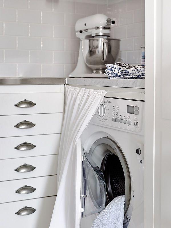 15 formas creativas de disimular la lavadora for Lavar cortinas en lavadora