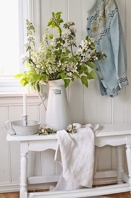 ideas-para-decorar-el-recibidor-en-estilo-shabby-chic-07