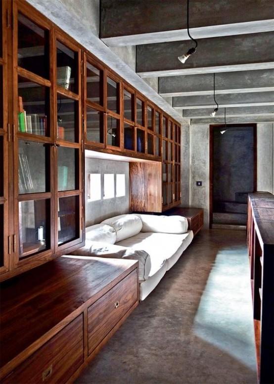 Una casa de hormigón y madera en la India