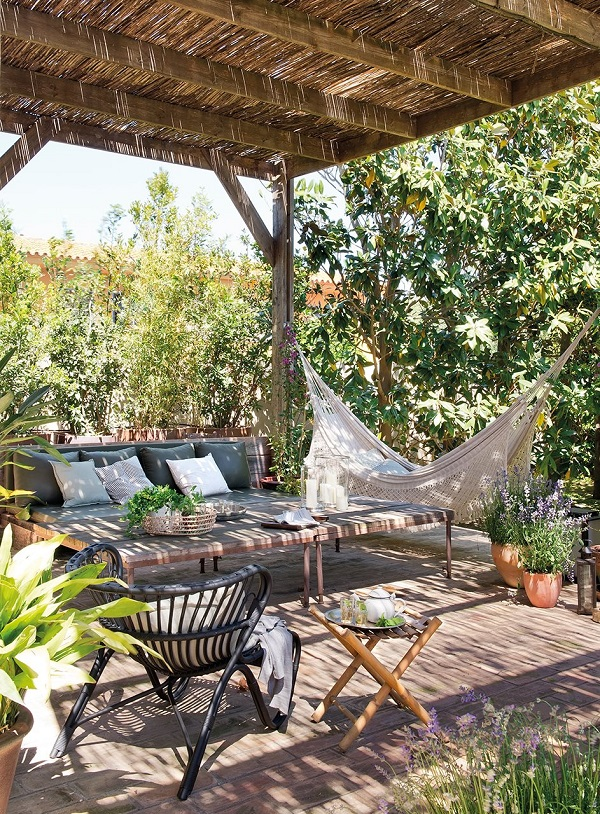10-maneras-de-decorar-tu-pergola-07
