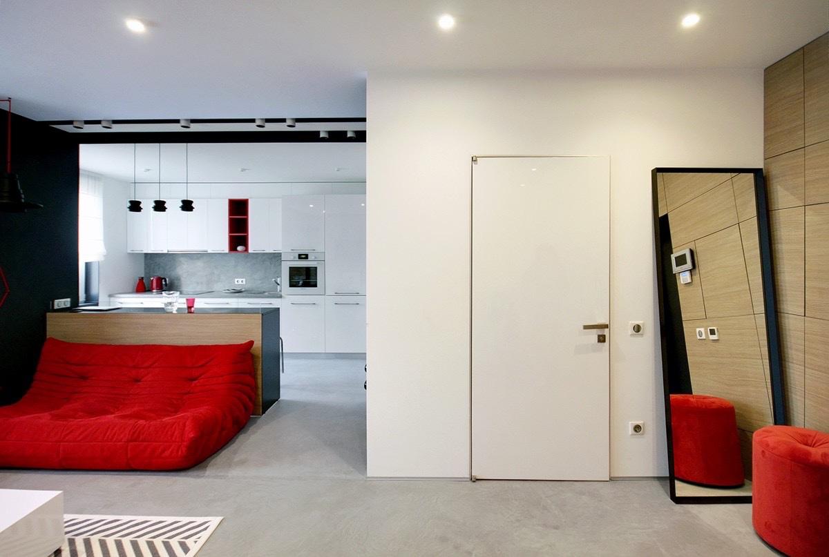 2 peque os apartamentos decorados en rojo y azul for Apartamentos pequenos bien decorados