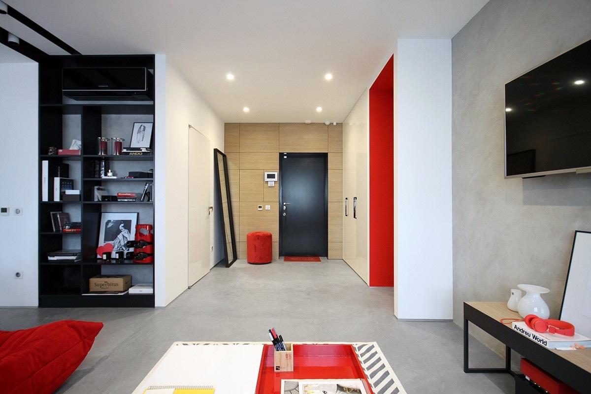 2 peque os apartamentos decorados en rojo y azul