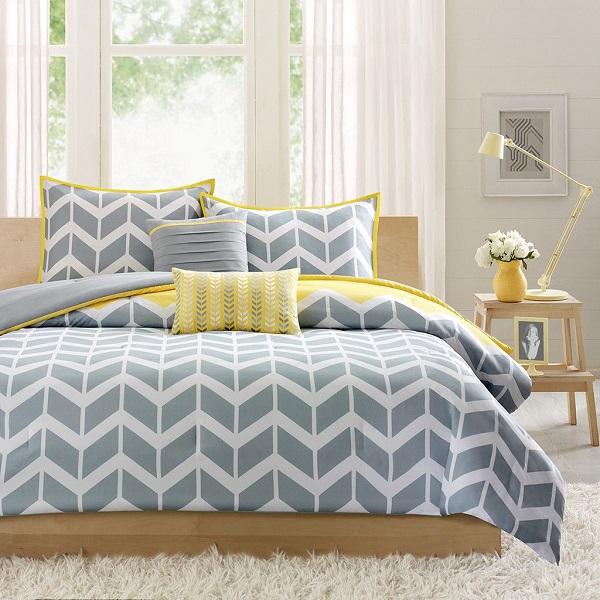 renueva-tu-dormitorio-con-ropa-de-cama-en-amarillo-y-gris-01