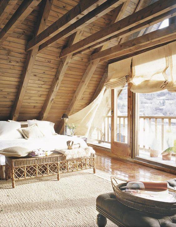 Los techos de madera crean espacios clidos y acogedores