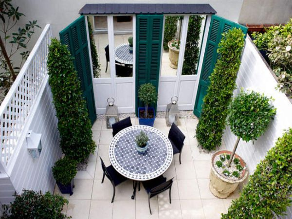 10 ideas para decorar un patio peque o for Accesorios para jardines pequenos