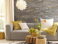 imagen Ideas deco para una sala de estar en gris y amarillo