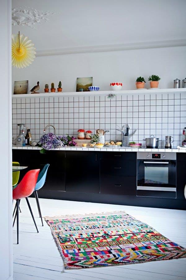 Ideas de encimeras de azulejos para decorar la cocina - Azulejos cocina moderna ...