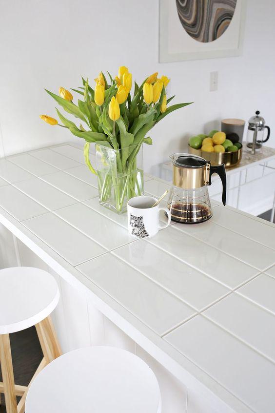Ideas de encimeras de azulejos para decorar la cocina - Azulejos rectangulares ...