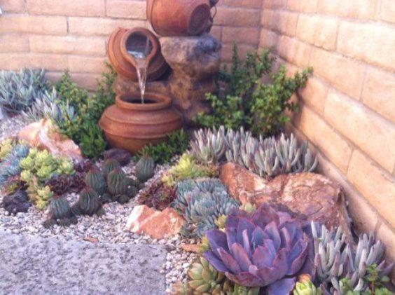 Ideas para decorar tu jard n con piedras y rocas for Decoracion de jardines con piedras