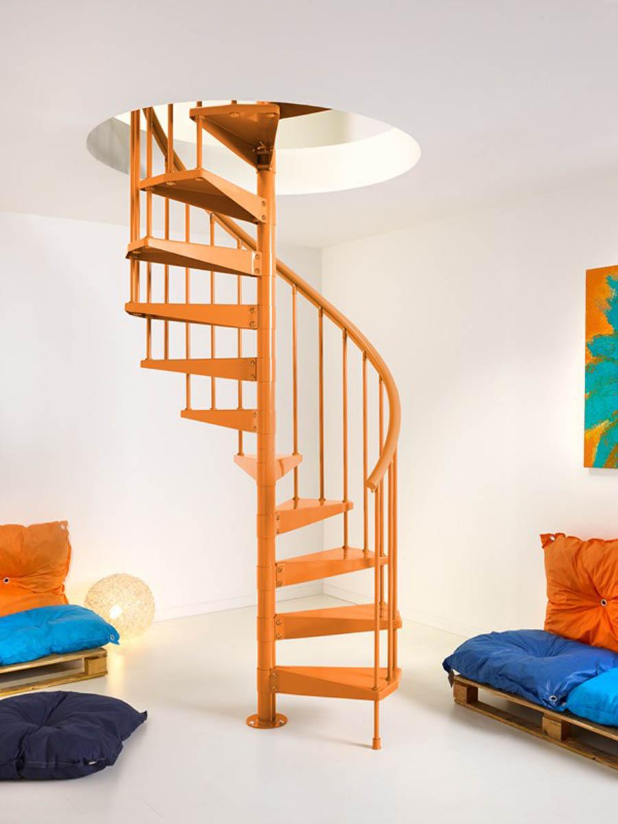 Escaleras caracol 9 gu a para decorar for Decorar escalera caracol