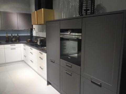 modernos-muebles-de-cocina-en-color-gris-03 | Guía para Decorar