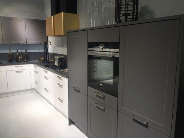 Modernos muebles de cocina en color gris 03 gu a para for Muebles de cocina gris