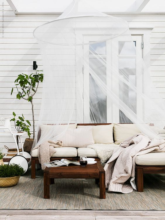 Pocco couch gallery of image may contain living room for Sofa exterior aki