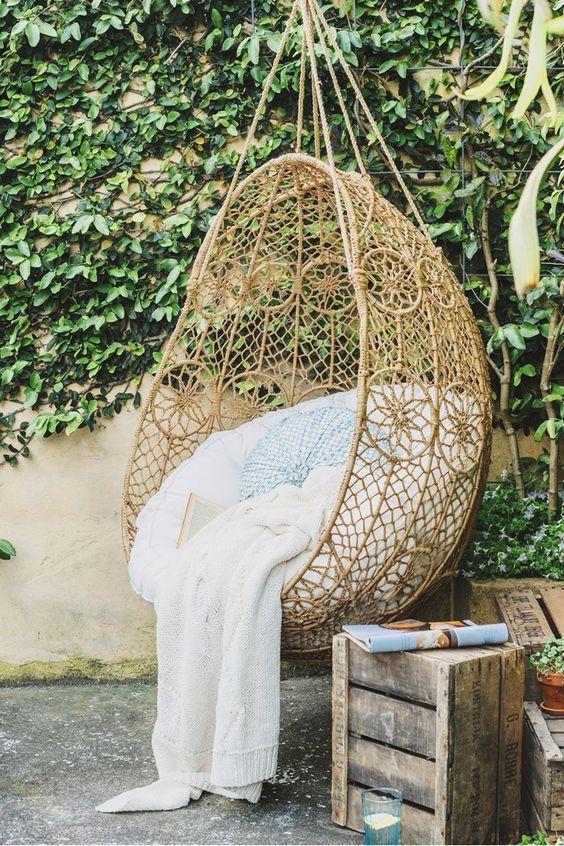 20 sillas colgantes de mimbre 20 gu a para decorar for Silla colgante mimbre