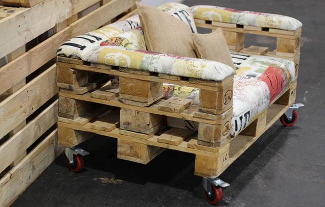 Muebles modernos hechos con palets for Muebles hechos con paletas de madera