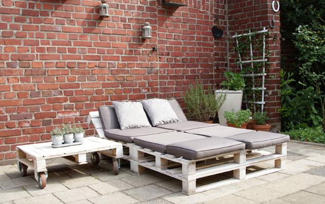Muebles modernos hechos con palets for Muebles hechos con tarimas de madera