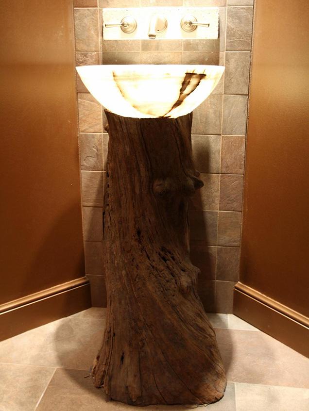 este magnfico lavabo de nice u nix colocado sobre este monumental tronco se convierte en una verdadera obra de arte un lavabo escultura que quedar - Lavabos Originales