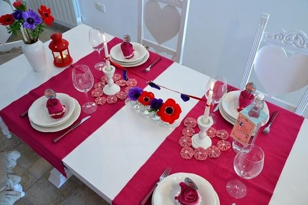 C mo decorar tu mesa en san valent n for Decorar mesa san valentin