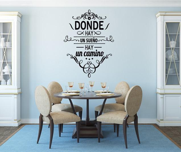 Tipos de vinilos para la pared y consejos para aplicarlo for Vinilos decorativos pared 3d