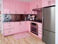 imagen 10 ideas de cocinas de color rosa que rebosan estilo